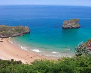 Playa de La Ballota (Playas de Llanes) en Asturias