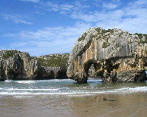 Playa de Cuevas del Mar - Playas de Llanes (Asturias)